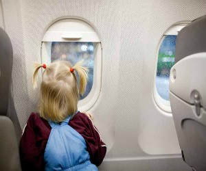 Useful Tips While Flight Travelling with Kids